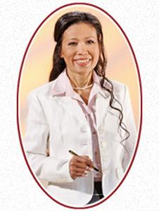 Ratsamee Dawangpa, zertifizierte Ausbilderin für traditionelle thailändische Massage